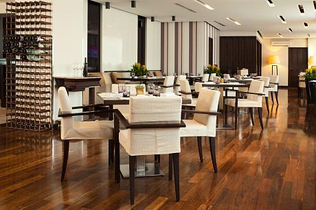 AZIMUT Hotel Olympic Moscow Restaurant 495